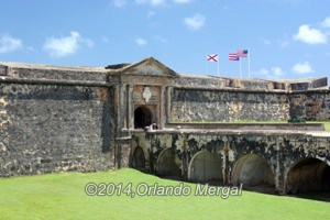 Fort San Felipe del Morro, guarding the entrance to San Juan Bay since 1539. Click on image to see it larger.
